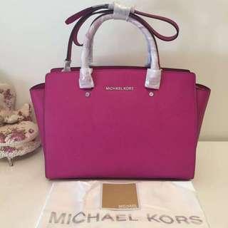 Authentic MK Michael Kors Large Selma Bag