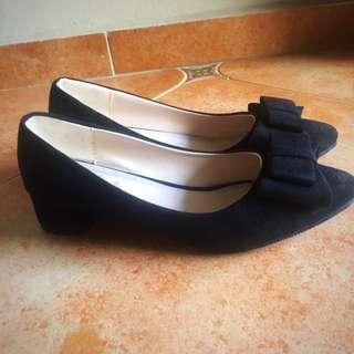 OL Black Heels