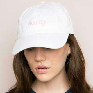 BRANDY MELVILLE PEACHY CAP/HAT