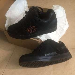 BNIB 5.10 Freerider MTB Shoes Size 42
