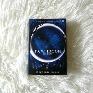 New Moon - Stephanie Meyer