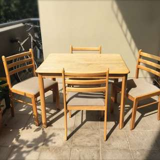 Dining Table & 4 Dining Chairs - $40!