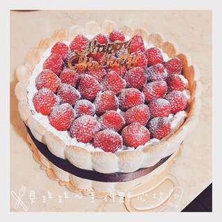 夏洛特草莓蛋糕