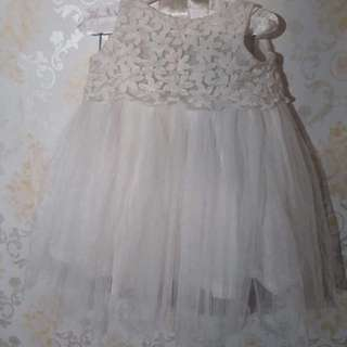 Baby's Gown (brand: Little blessings)