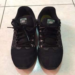 Nike H2O Repel慢跑鞋