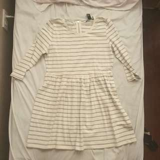 LARGE FOREVER 21 3/4 striped dress