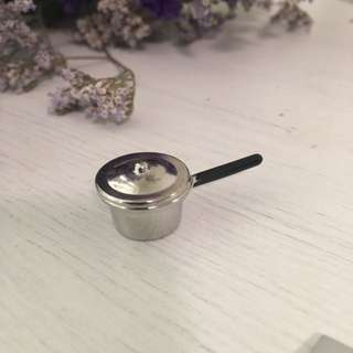 Miniature Cooking Pot Metal