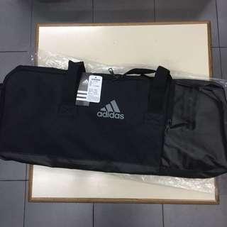 全新‼️ adidas 旅行袋