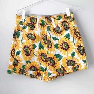 Women's Denim Shorts - Size M - Sunflower White And Yellow Flower Design