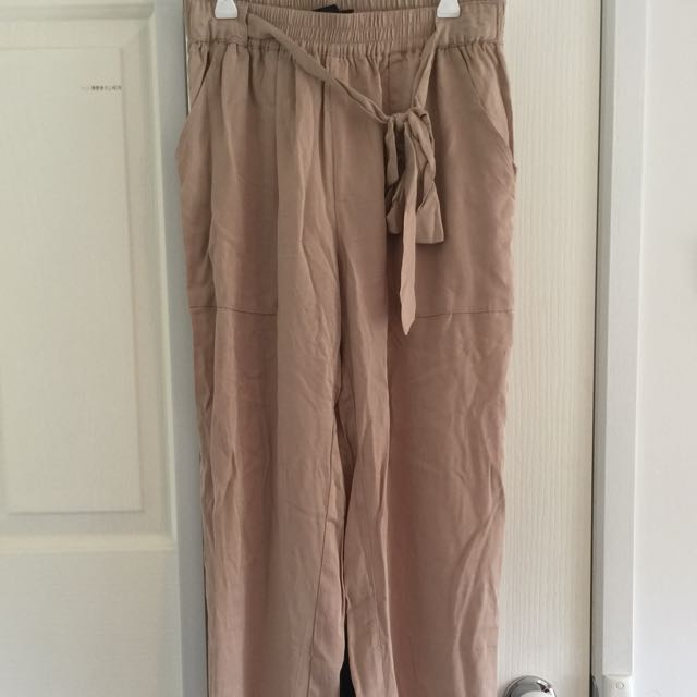 Ally High Wasted Bow Front Pants Size 10