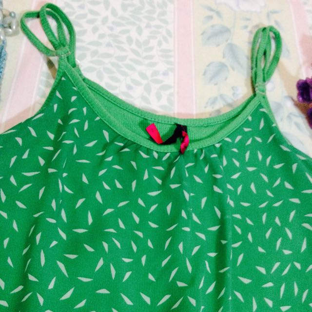 Authentic BAYO Green Sparkling Tank Top 💖