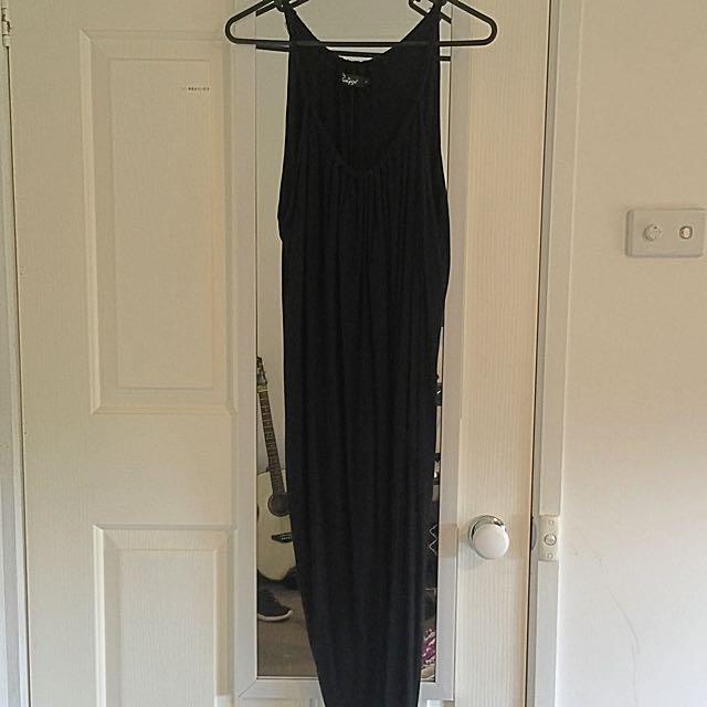 Black Asymmetric Split Loose Midi Dress