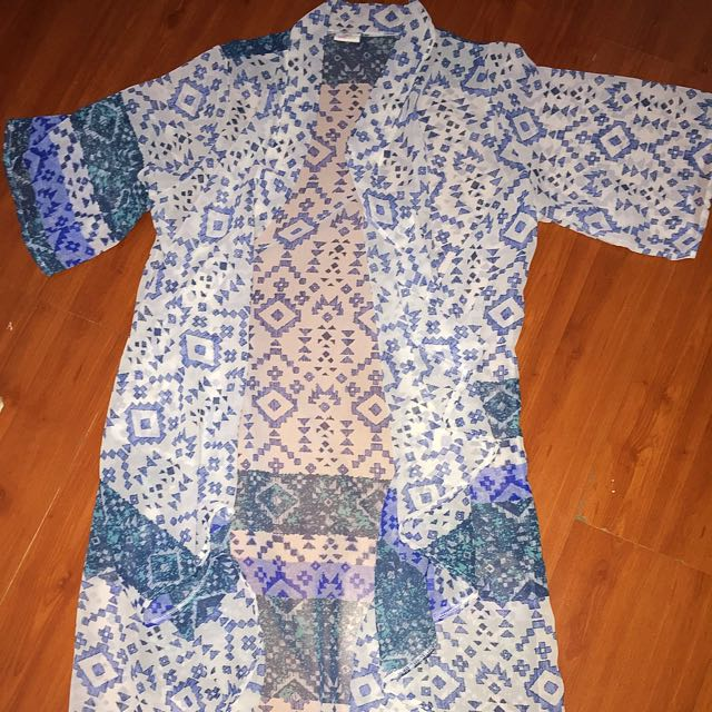 MARKDOWN Blue Aztec Cover Up