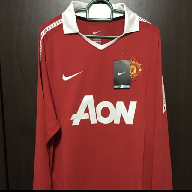 3ecd40250 BNWT Authentic Manchester United Home kit 2010-2011 size M and L ...