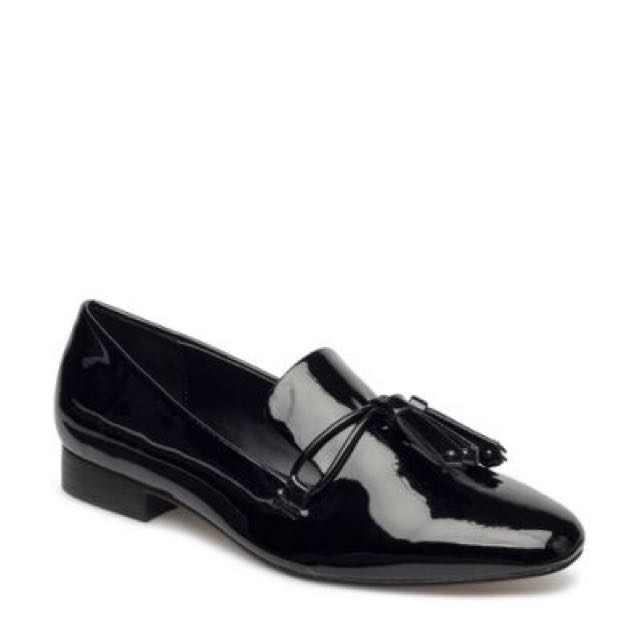 RESERVED: Brand new: MNG Black Patent Shoes