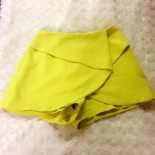 bright yellow/ lime dressy shorts