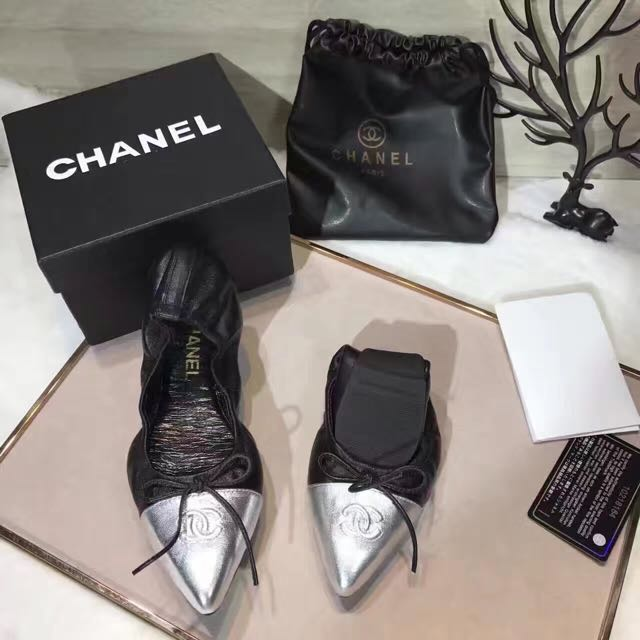 Chanel lamb skin flat