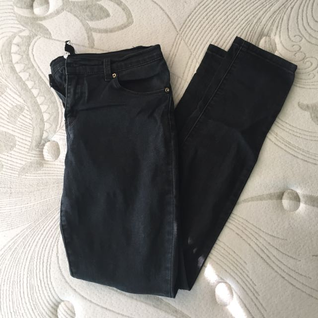 ‼️SALE‼️F21 Black Denim Jeans