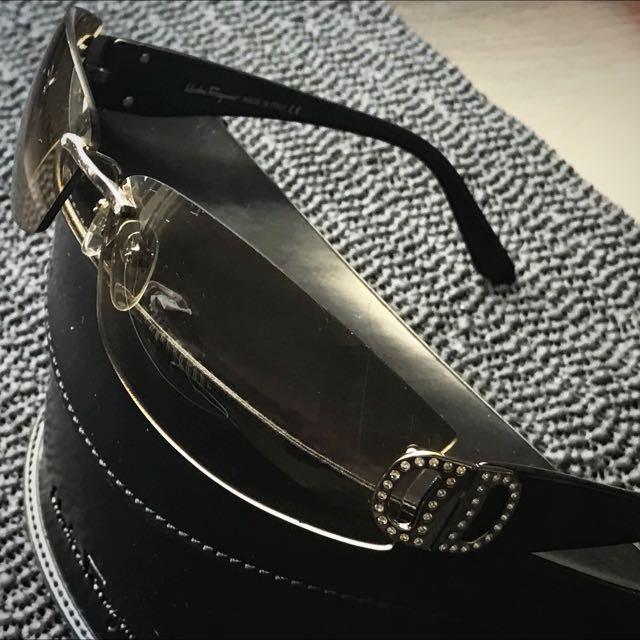 Ferragamo 水鑽太陽眼鏡