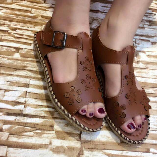 Korean Sandals