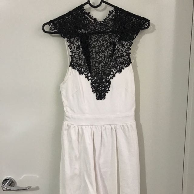 Lace White Dress Sz8