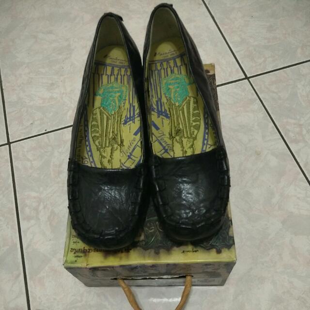 MACANNA 麥坎納 娃娃鞋 低跟鞋