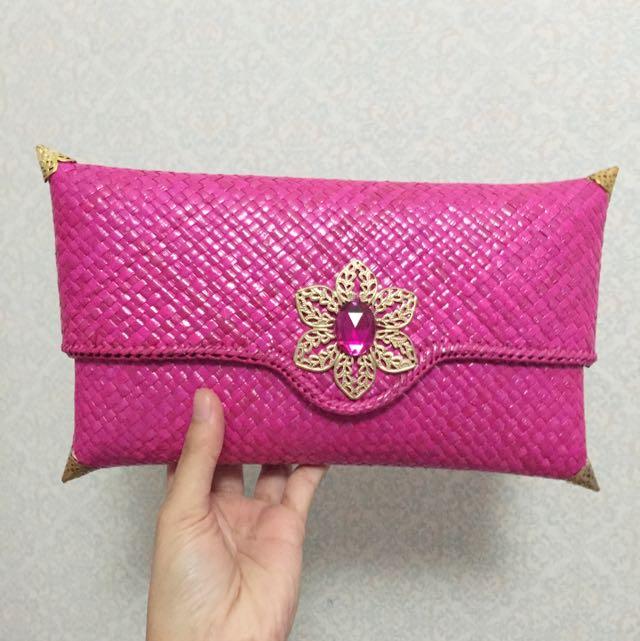 New Pink Anyam Clutch