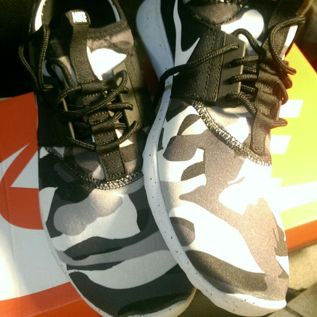Nike Sneakers Juvenate