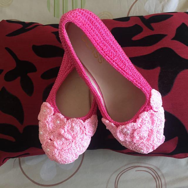 Rajut Shoes