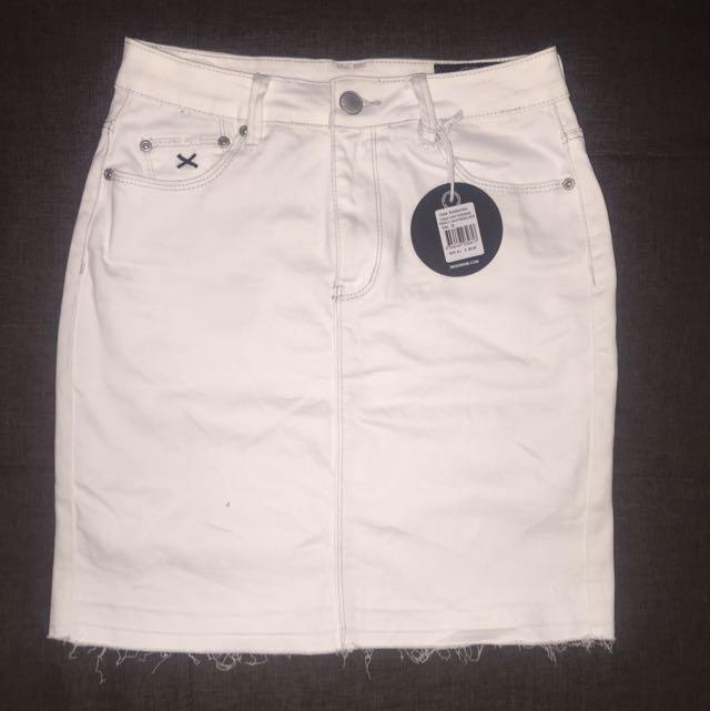 Res White Denim Skirt Size 26/8