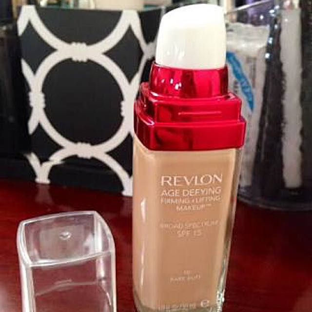 Revlon Age Defying, Firming And Lifting Make Up