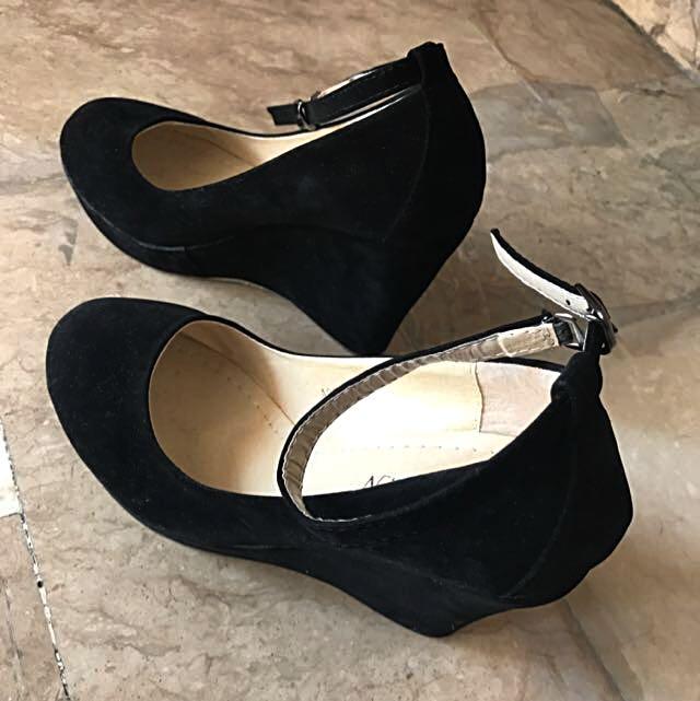 Suede Black Platform Shoes