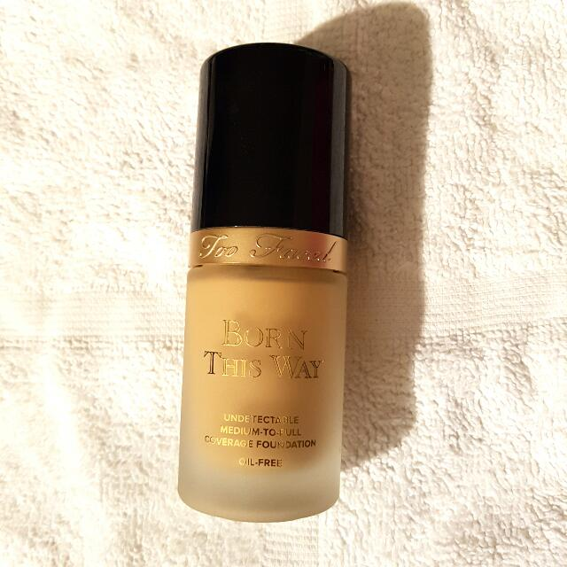Too Faced Born This Way Foundation - Natural Beige