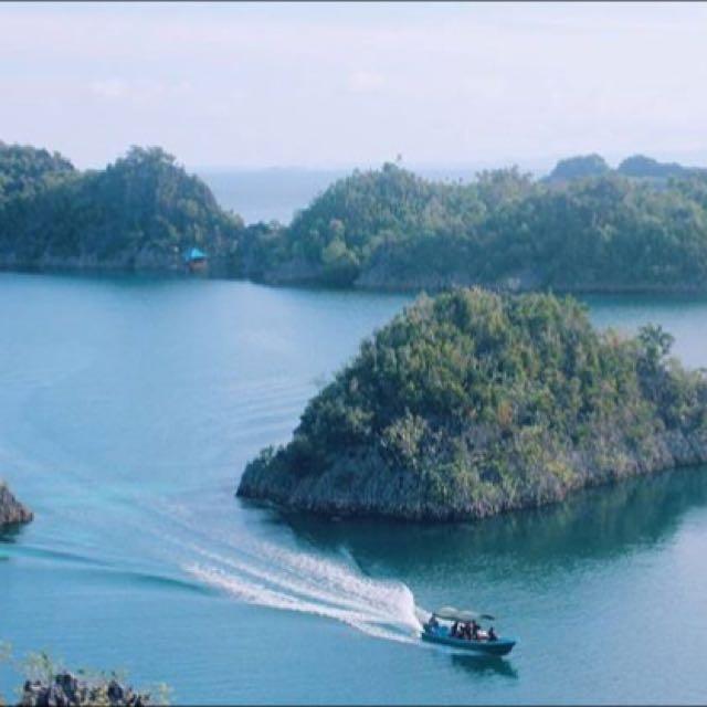 Trip Raja Ampat 4h3m Land Only