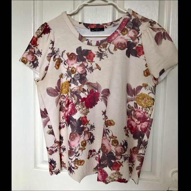 Zara's Floral Top