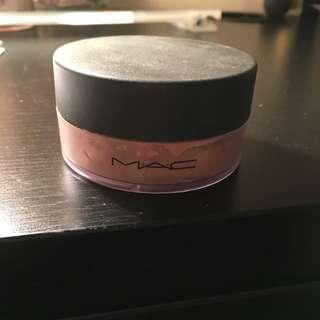 MAC Correcting And Setting Powder
