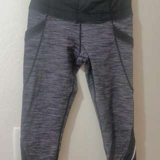 Lululemon crop Us 6 Aus 10