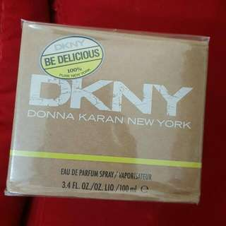 DKNY Be Delicious Eau De Parfum Spray 3.4oz (100ml)