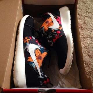 Nike Roshe - 7.5