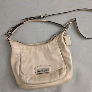 (FIRM) COACH Pearl 2-way purse
