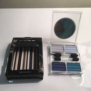 Napoleon Prismatic Eye Shadow Quad