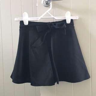 Black tie waist Shorts