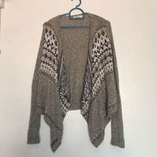 AUTHENTIC BN Abercrombie & Fitch Cardigan