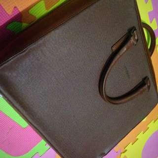 Almost New Samsonite Laptop Bag
