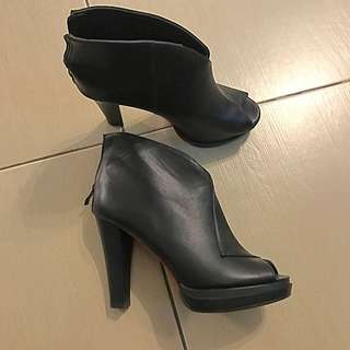 Leather Shoes From Bangkok