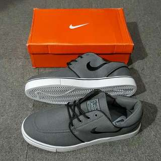 NIKE JANOSKI FOR MEN