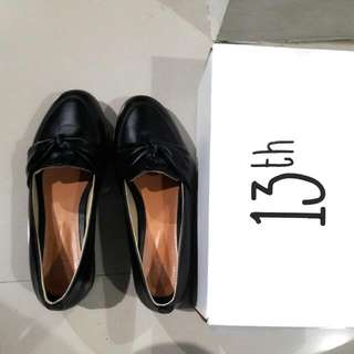 13th Loafers Bow Tie Black