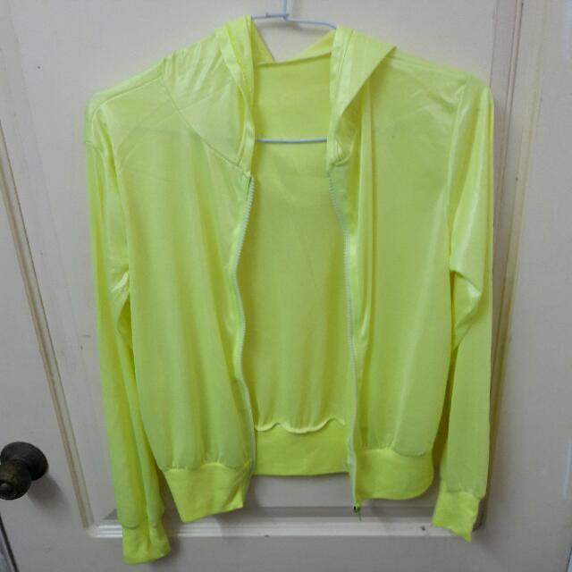 螢光黃超薄涼感外套