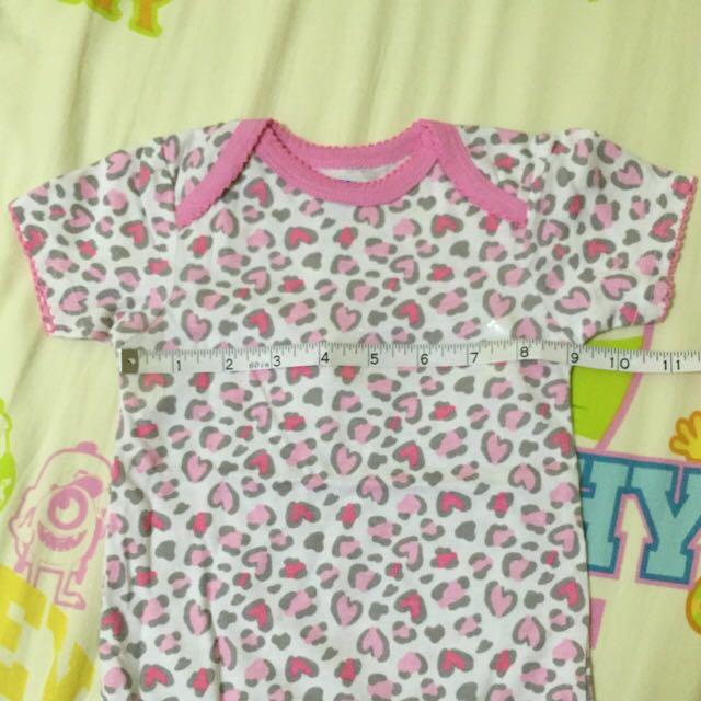 粉紅豹紋初生bb連身衣