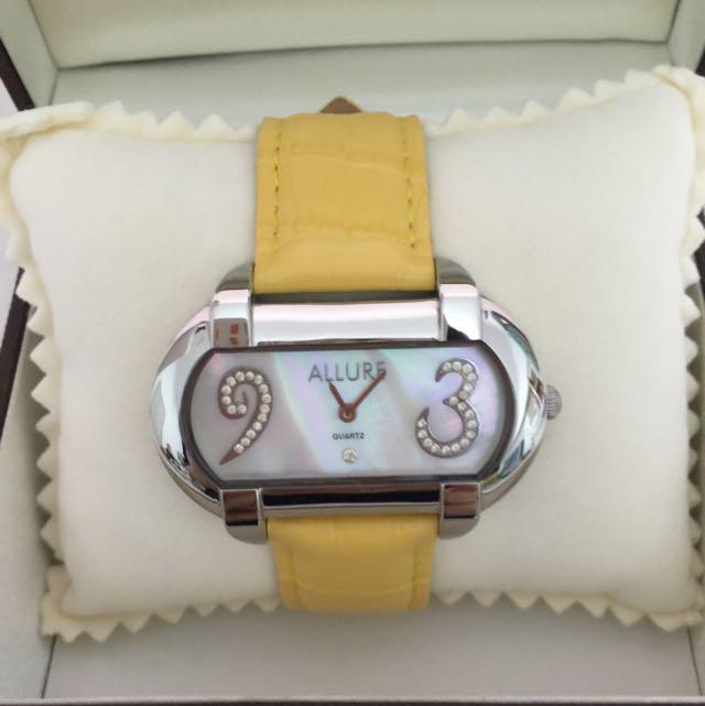 捷克布拉格 Allure 珍珠母貝手錶 #我有手錶要賣